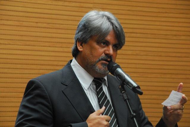 Lei do vereador Osmar Ricardo garante impressão em braile do IPTU