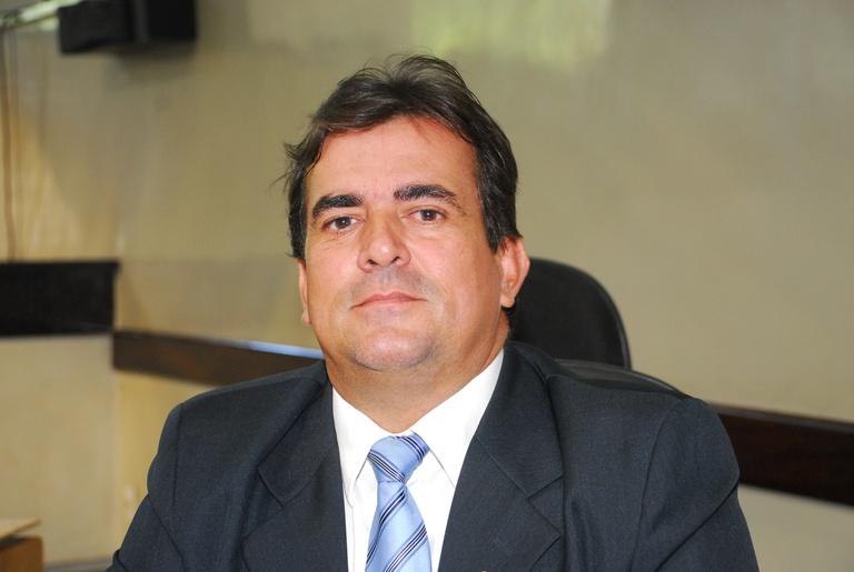 Projeto autoriza empresa a instalar banheiros públicos no Recife